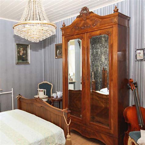 raumteiler mit rückwand schlafzimmer mit arbeitszimmer kombinieren speyeder net