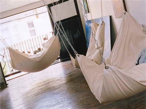 diy indoor swing chair how to make diy le beanock indoor hammock awesome