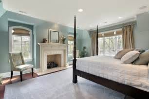 Best curtain colors for a blue bedroom