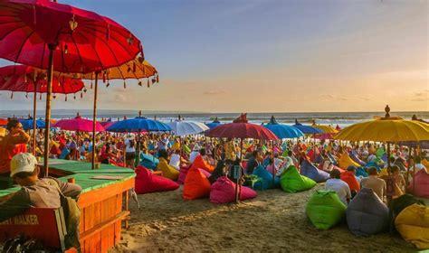 beaches  bali  seminyak staying  eko