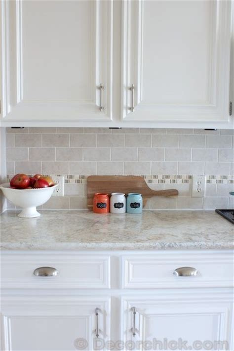 white kitchen cabinet hinges add molding to cabinet doors add backsplash and paint
