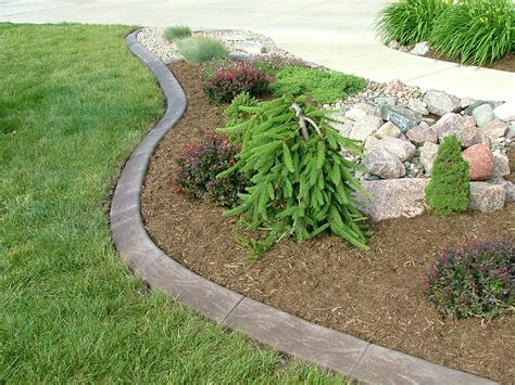 edging flower beds concrete landscape edging kansas city patio ideas pinterest concrete edging