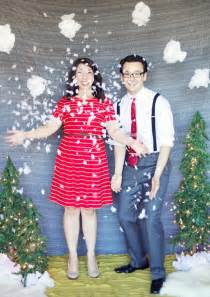 tis the season to smile 15 holiday photo booth ideas