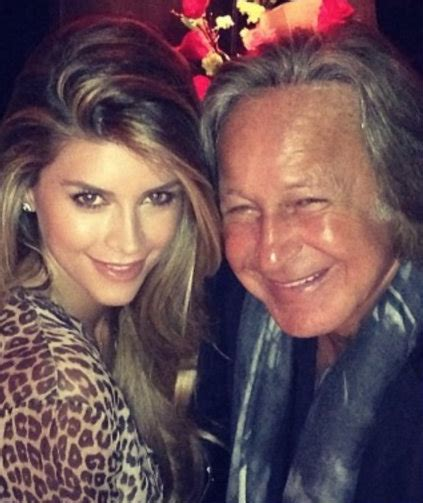 shiva safai wikipedia who is shiva safai mohamed hadid s fianc 233 e rumored to