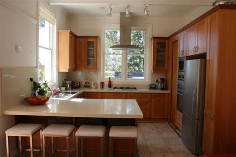 Small Galley Kitchen Designs by The G Shaped Kitchen Home Design And Decor Reviews