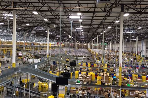 amazon warehouse amazon being investigated for worker s death at u s