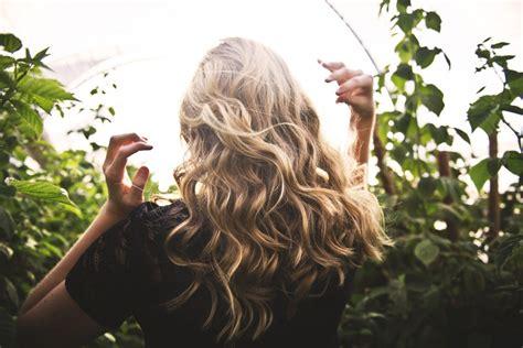 alimenti per rinforzare capelli carenza di zinco 5 alimenti per rinforzare unghie e