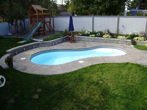 Small Backyard With Pool Landscaping Ideas Decorating Pool Landscaping Ideas For Small Yard Home Design Ideas 2017