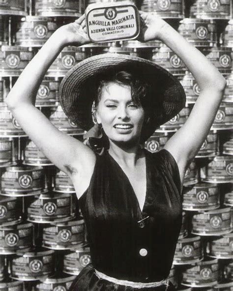 libro unshaven modern women natural film noir photos labor day it s the pits sophia loren s that is