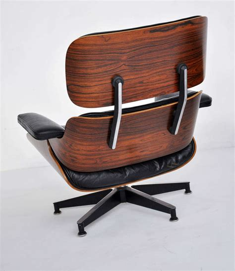 Eames Lounge Chair Rosewood by Rosewood Charles Eames Lounge Chair Herman Miller At 1stdibs