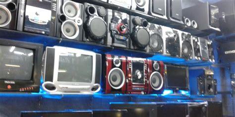 Speaker Di Glodok rupiah anjlok harga barang elektronik di glodok naik kompas