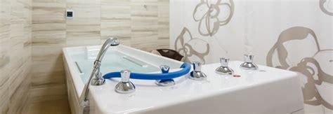 prix d une baignoire prix d une baignoire baln 233 o co 251 t moyen tarif de pose