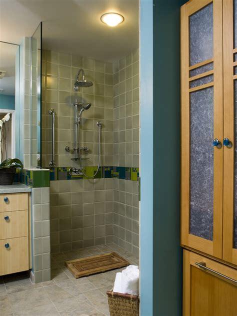 walk  doorless showers  small bathrooms home design