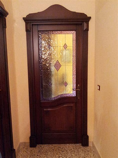 porte interne con vetro decorato porta con vetro decorato