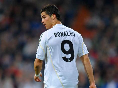 Kaos Ultimate C Ronaldo 5 the ultimate cristiano ronaldo quiz playbuzz