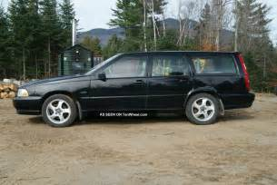 Volvo V70 T5 1998 1998 Volvo V70 T5 Wagon 5 Speed