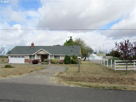 City Cottage Builders by Oregon Waterfront Property In Eugene Springfield