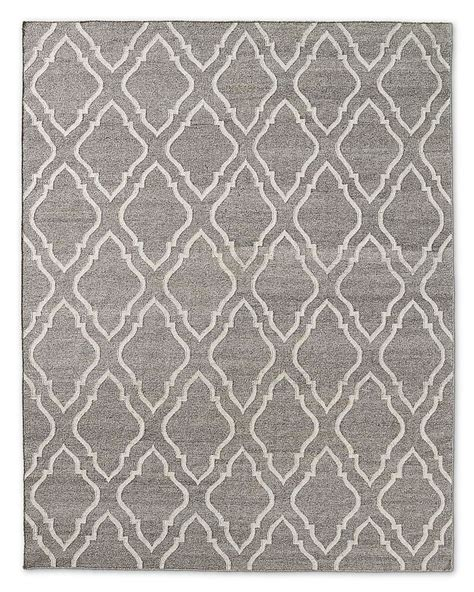 onda flatweave rug oatmeal a rug like this would work in either boy s room we can narrow