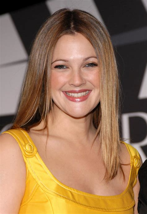 Drew Barrymore Signs Major Caign With Covergirl Cosmetics by Drew Barrymore Becomes A Covergirl Drew Barrymore Fans