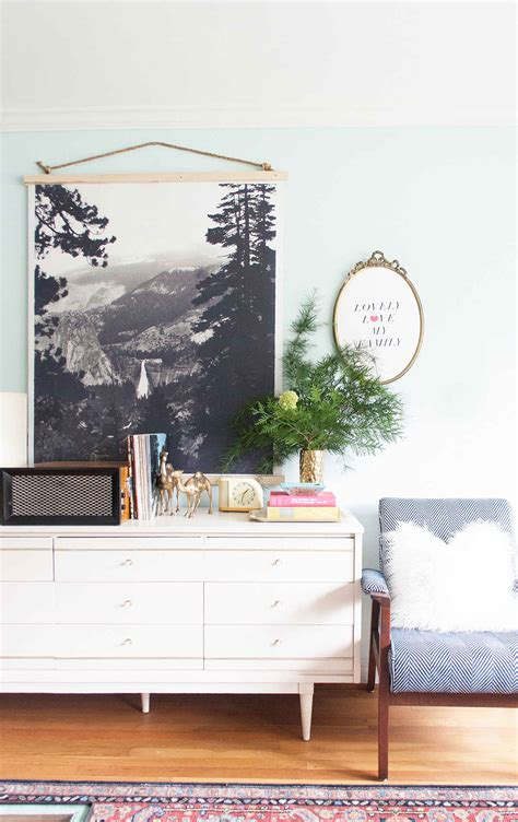 how to hang art prints 50 ways to display art prints and photos remodelaholic