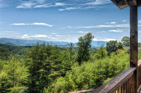 Mountain View Cottage by Kori S Mountain View Cottage 3 Bedroom Cabin With