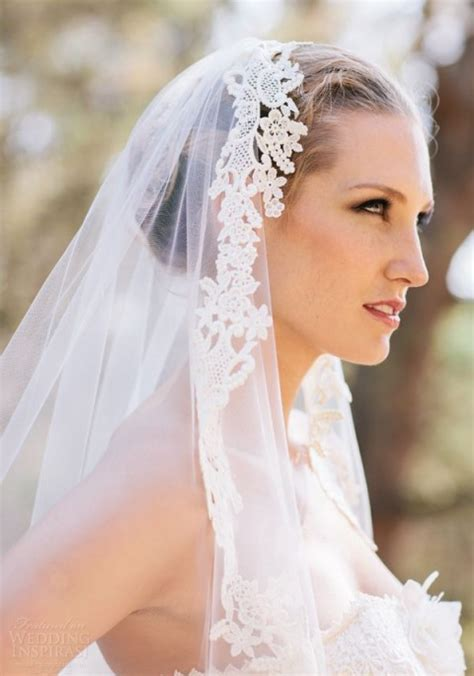 hairstyles with mantilla veil 5 ways and 40 exles to wear a fabulous mantilla veil