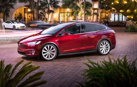 Tesla Model X Introduction News Tesla Axes Base Model X 60d Months After Introduction