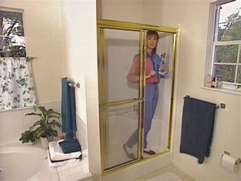 Who Installs Shower Doors Installing A Glass Shower Door How Tos Diy