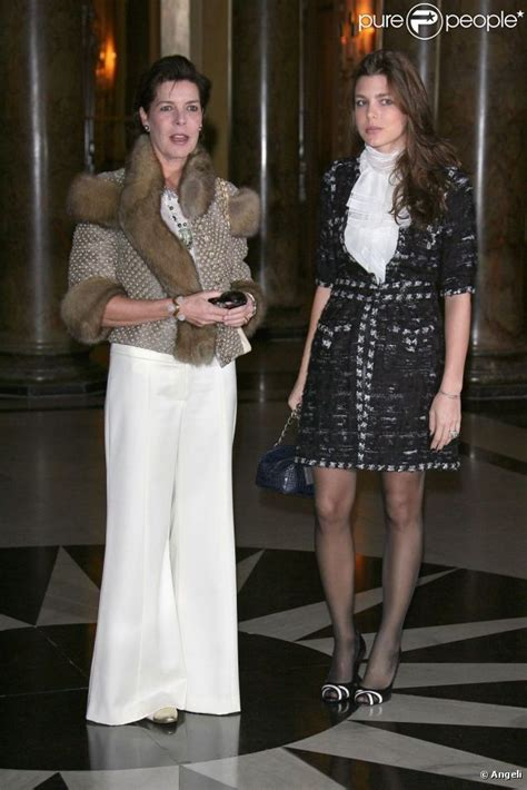Who Wore Gucci Couture Better Caterina Murino Or Rihanna by Casiraghi In Chanel F06 And Princess Caroline In