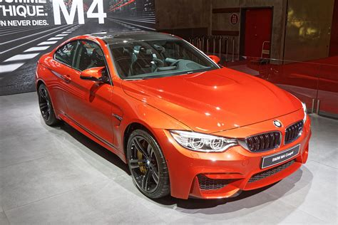 Bmw 2er Vs 4er Cabrio by Bmw M4