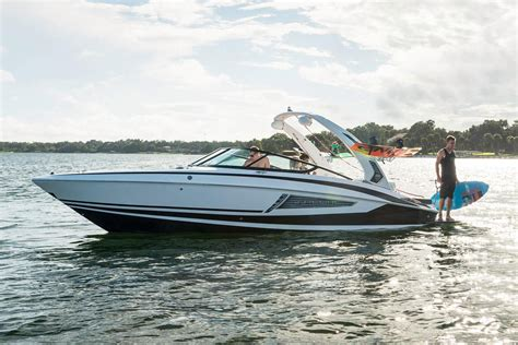 regal boats 33 xo price 2018 regal 25 rx surf power boat for sale www yachtworld