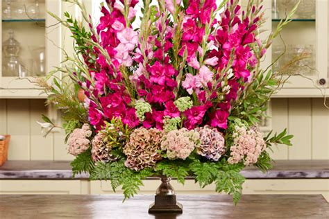 how to arrange flowers gladiolus perimeter urn ubloom