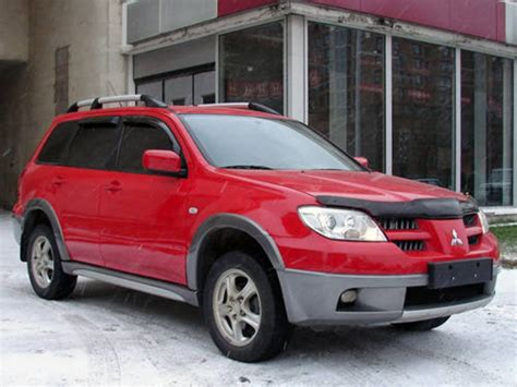 2005 mitsubishi outlander information and photos momentcar