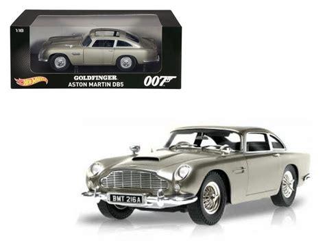Diecast Hotwheels Aston Martin Db5 1963 Collector wheels bond goldfinger aston martin db5 1 18