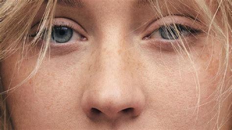 Lipstik Make No 03 irreconocible la foto al natural de aguilera alquimia rock fm