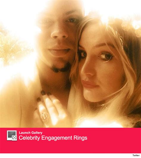 Pete Wentz Gives Ashlee A Promise Ring by Ashlee S Engagement Rings Evan Ross Vs Pete