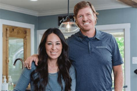 where does chip and joanna gaines live chip and joanna gaines inspired my family to give up tv