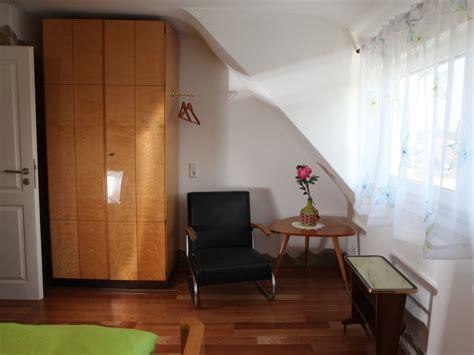 schlafzimmer 60er jahre ferienwohnung stilvolles ambiente stuttgart bad