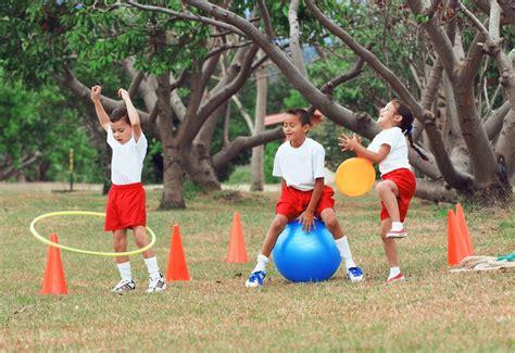 imagenes niños haciendo educacion fisica ni 241 os y el deporte tips para mantenerlos motivados soy