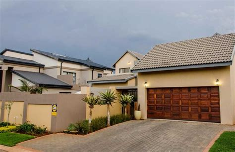 rent to buy houses in johannesburg rent to buy houses in johannesburg 28 images 4 room house cheap in molapo soweto