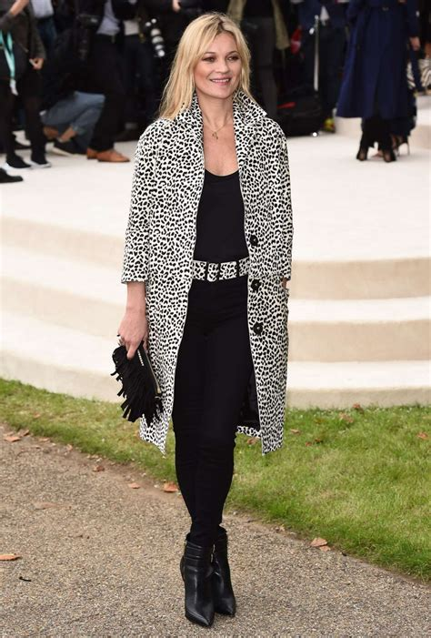 The Burberry Prorsum Dress Worn By Kate Moss Watts And Hathaway by Kate Moss Burberry Prorsum Fashion Show In
