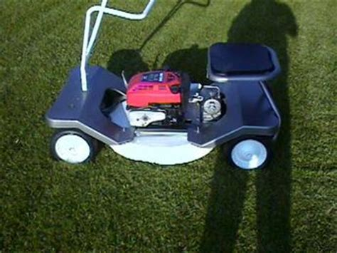 Antique Tractors 1962 Craftsman 24 Riding Lawnmower Picture