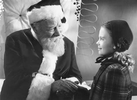 miracle on 34th street crazy film guy miracle on 34th street 1947 and 1994