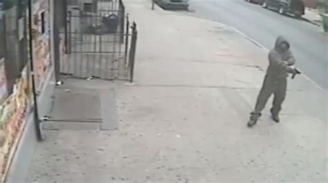 man opens fire in bed stuy in broad daylight still on the