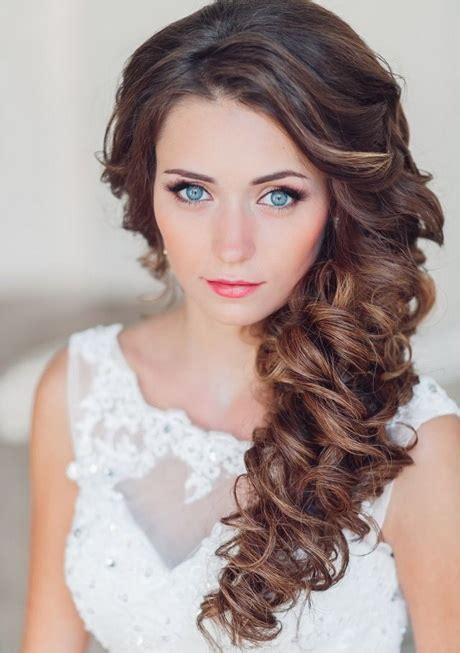 Brautfrisuren Lange Haare Seitlich by Brautfrisur Seitlich Geflochten