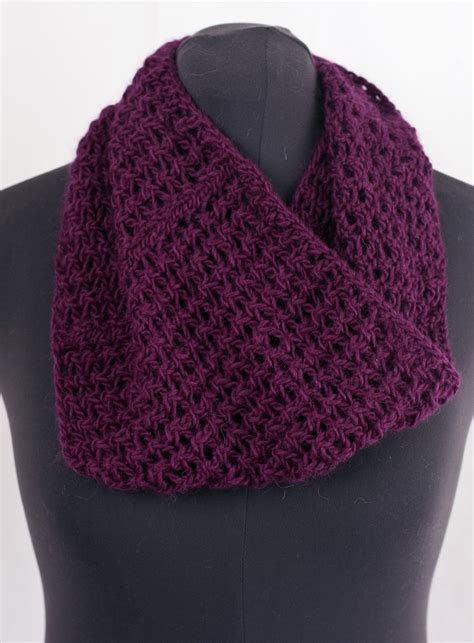 knit psso cascade yarns highland duo cell stitch cowl