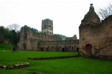 monasterios conventos y abadas cr 243 nicas desde tokio las abad 237 as abandonadas por yorkshire 2