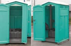 location toilettes wc cabines sanitaires pmr autonomes