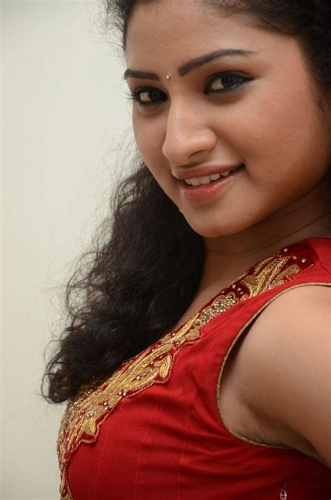 picture  telugu actress vishnu priya stills  red