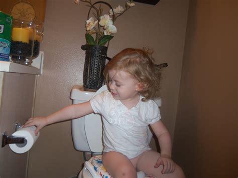 little girl potty training boys pers potty training kit free little girl potty time
